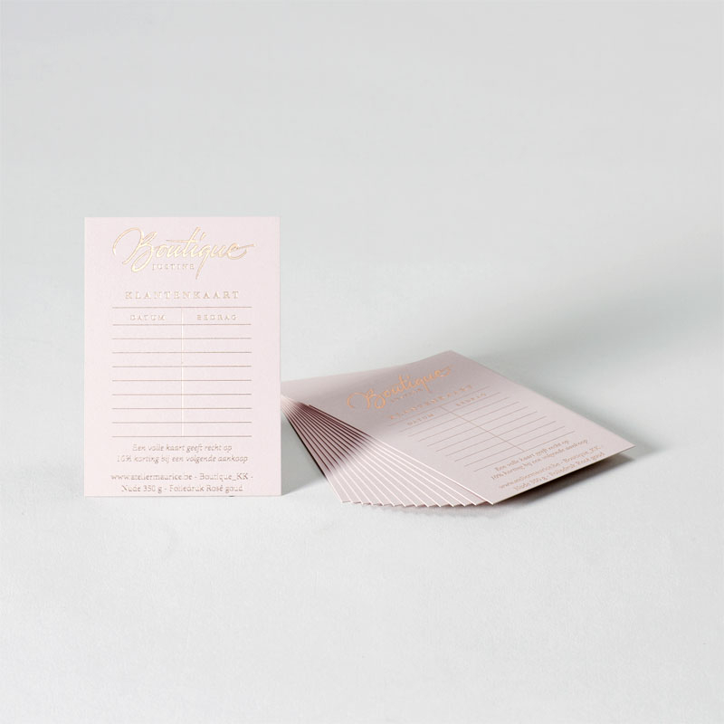 Product Elegante klantenkaart op nude papier