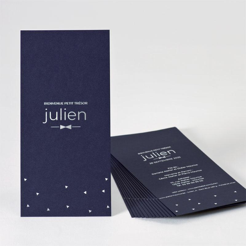 Donkerblauw geboortekaartje met zilveren driehoeken