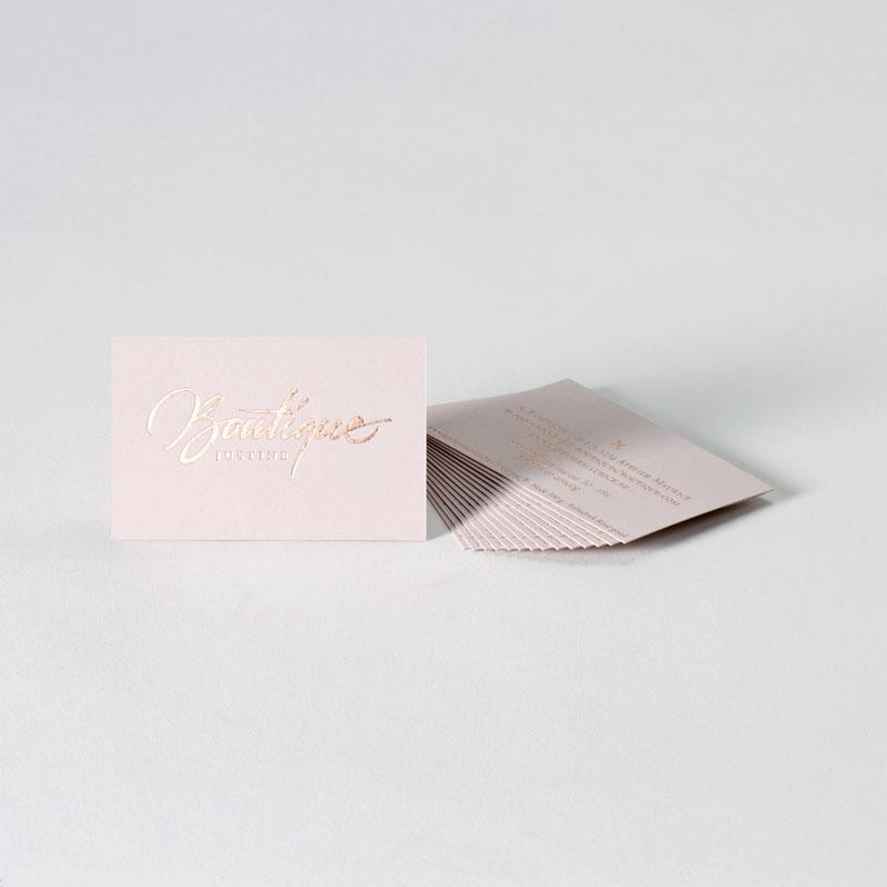 Elegant visitekaartje met rosé folie