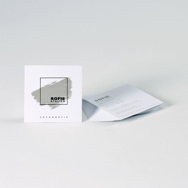 Vierkant visitekaartje met zwarte folie