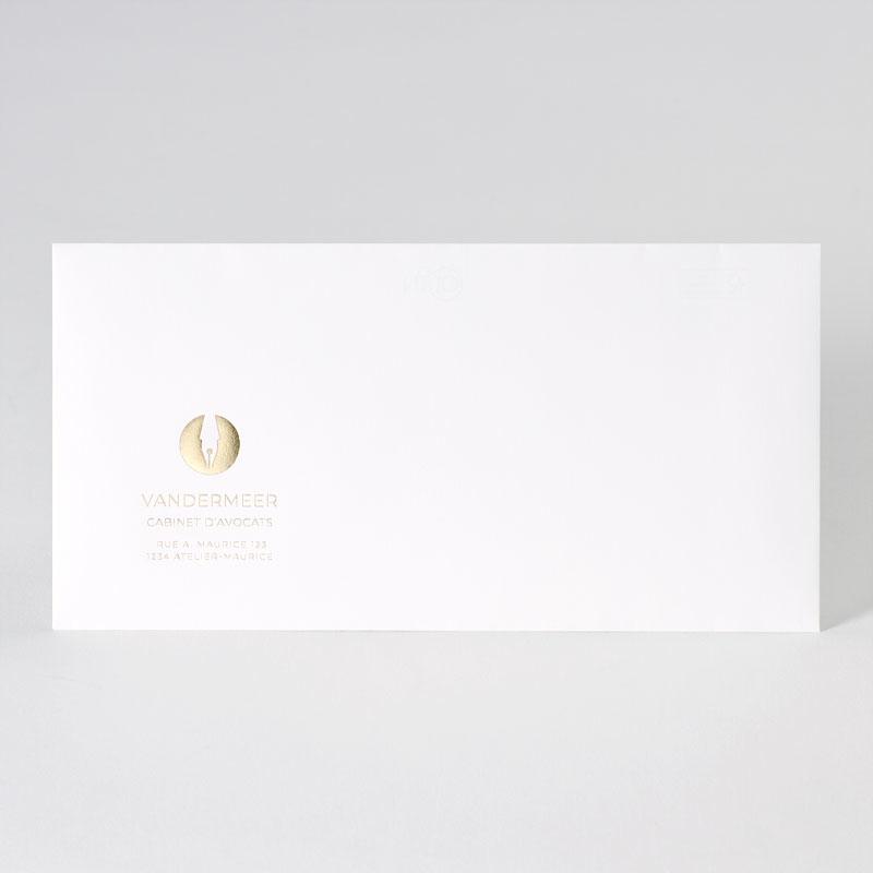 Witte enveloppe met opdruk logo in goudfolie (22,0 x 11,0 cm)